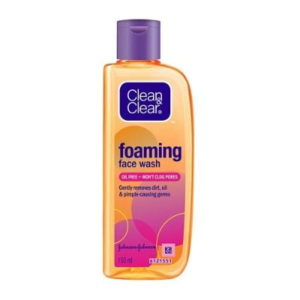 best face wash for dry skin for female