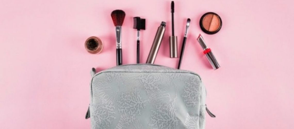 Best makeup pouch in india